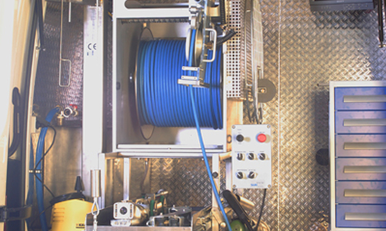 Fahrzeugausbau Kanalsanierung / Fräsroboter - Innenausbau